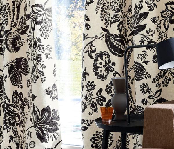 rideaux imprimé de fleurs