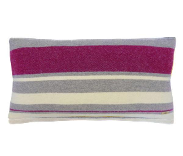 Coussin déco rectangulaire en laine