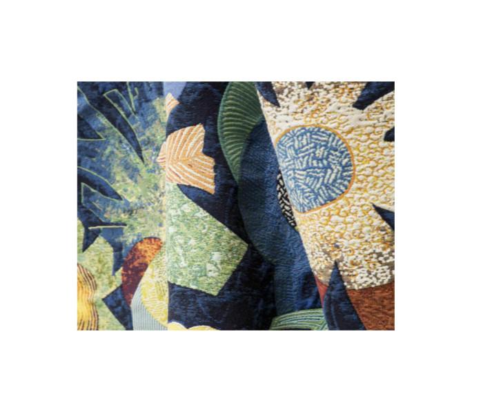 tissu avec fleurs contemporain