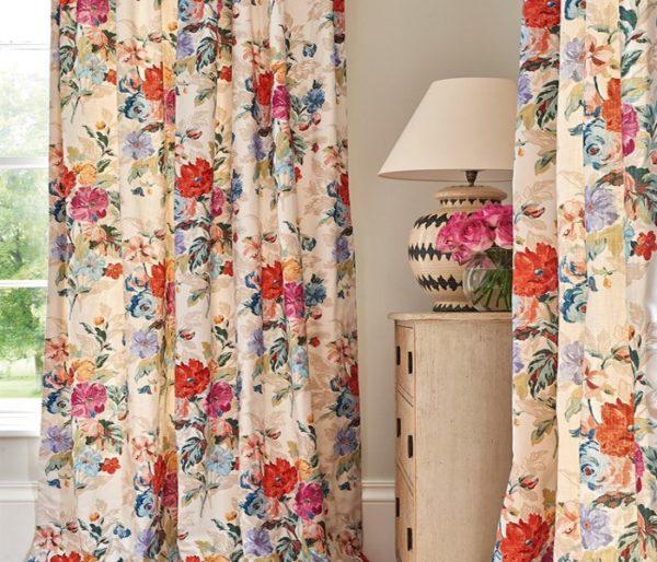 Lin pour rideaux imprimé de fleurs
