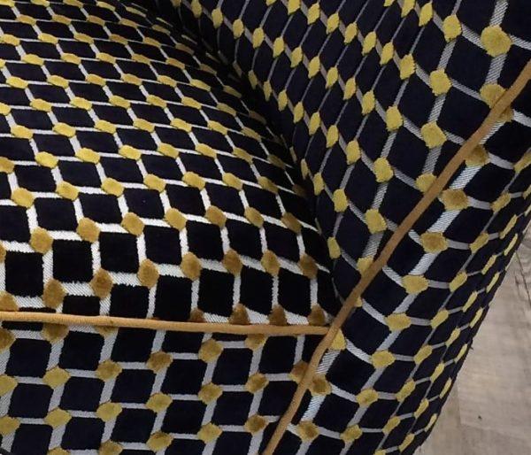 Tissu siège velours noir et jaune