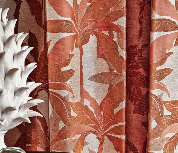 tissu jacquard richement décoré de palmiers