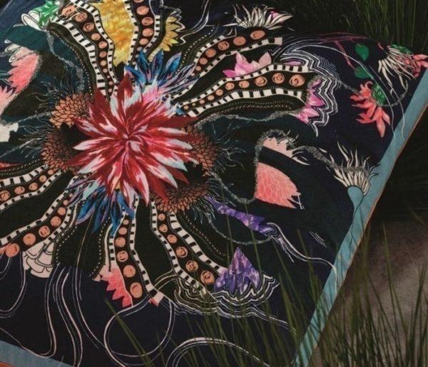 coussin décoratif de Christian Lacroix