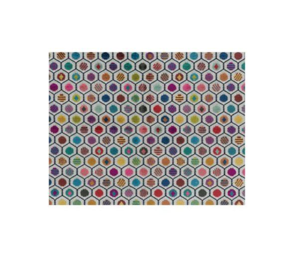 velours avec des motifs géométriques trés colorés