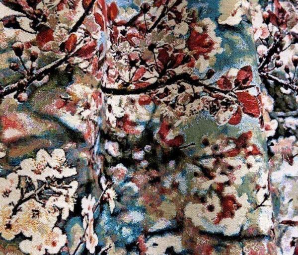 velours imprimé de branches de cerisiers en fleurs