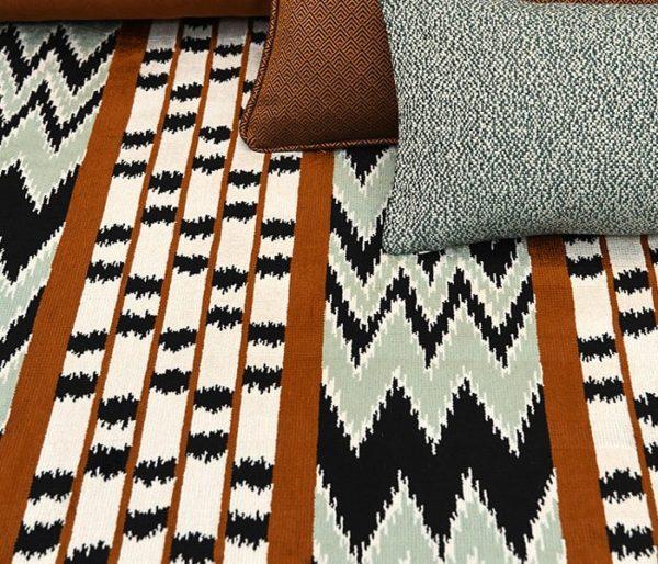 tissu jacquard au motif tribal